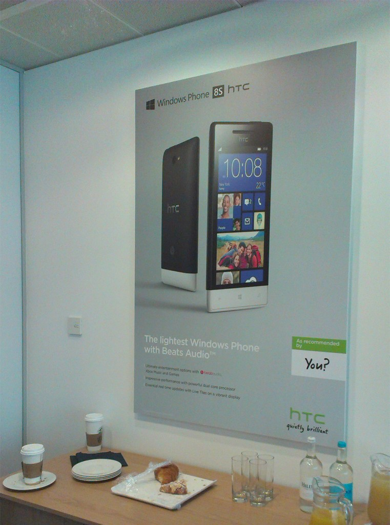 HTC_6Sheet_Office